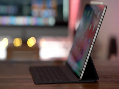 Smart Keyboard Folio - Chiếc bàn phím hô biến iPad Pro thành laptop có gì đặc biệt?