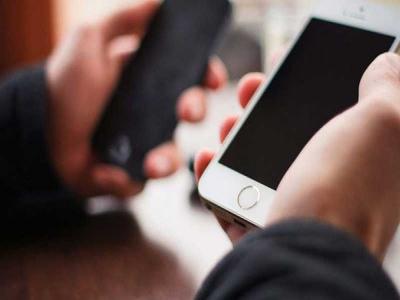 Cách chia sẻ Wifi trên iPhone nhanh chóng, không cần nhập mật khẩu