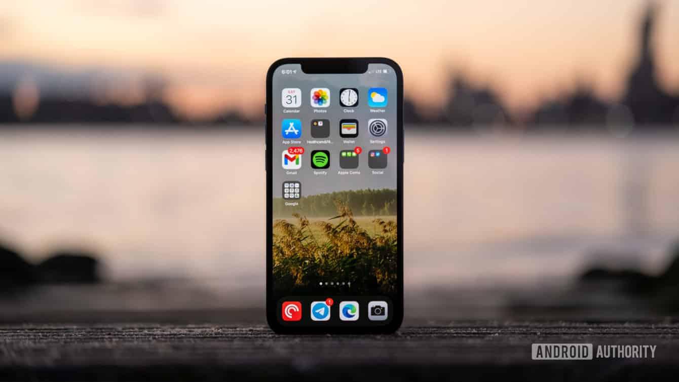 Đánh giá chi tiết iPhone 12 Pro: Xứng danh siêu phẩm đáng sắm nhất năm 2020