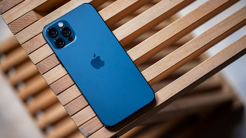 Khai xuân sắm iPhone, tậu ngay iPhone 12 Pro 128GB đang lì xì tận 4 triệu