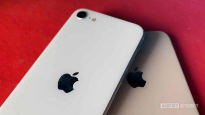 So sánh iPhone SE 2020 vs iPhone 8: Kẻ đến sau có vượt mặt tiền bối?