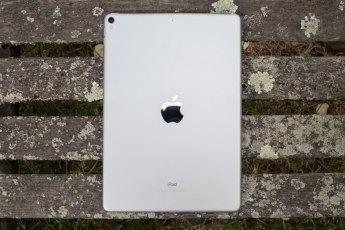 Apple iPad Pro mắc lỗi nghiêm trọng: Liên tục tự khởi động lại