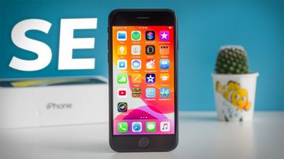Tản mạn: 2021 rồi, có nên mua iPhone SE 2020 không, chiếc iPhone giá rẻ này liệu đã lỗi thời?