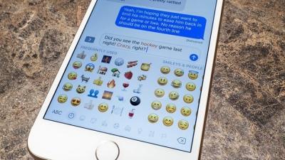 Thấy người ta chat có emoji nhưng sao mình không có? Đây là cách để bạn kích hoạt lên