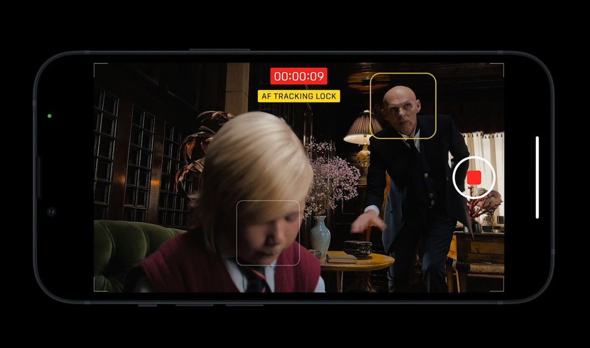 iPhone 13 Pro Max tính năng Cinematic chỉnh sửa video tuỳ theo ý muốn dễ dàng