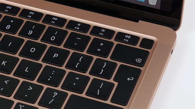 MacBook 2020 bàn phím có cảm biến vân tay
