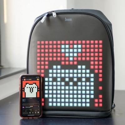 Balo Divoom Pixoo Backpack trang bị màn hình LED cực độc đáo