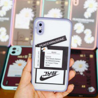 Ốp che cam chống bẩn hoa cúc iPhone Xs Max