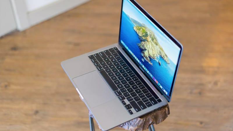 MacBook Pro 13 2020 Screen
