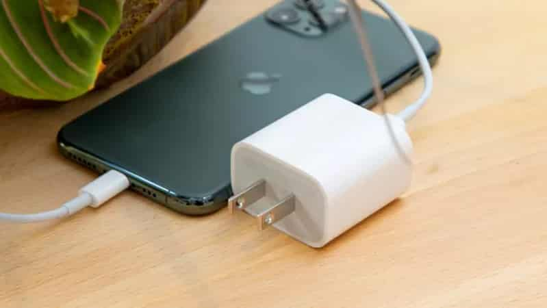 iPhone 12 Pro dự kiến sẽ có nhiều cải tiến đáng mong đợi hơn bản iPhone 11 Pro