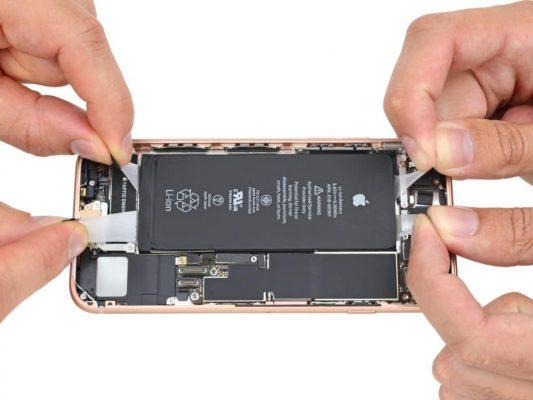 Tiếp tục dậy sóng vụ kiện về việc Apple phải bồi thường người dùng iPhone ở Mỹ vì bóp hiệu năng máy