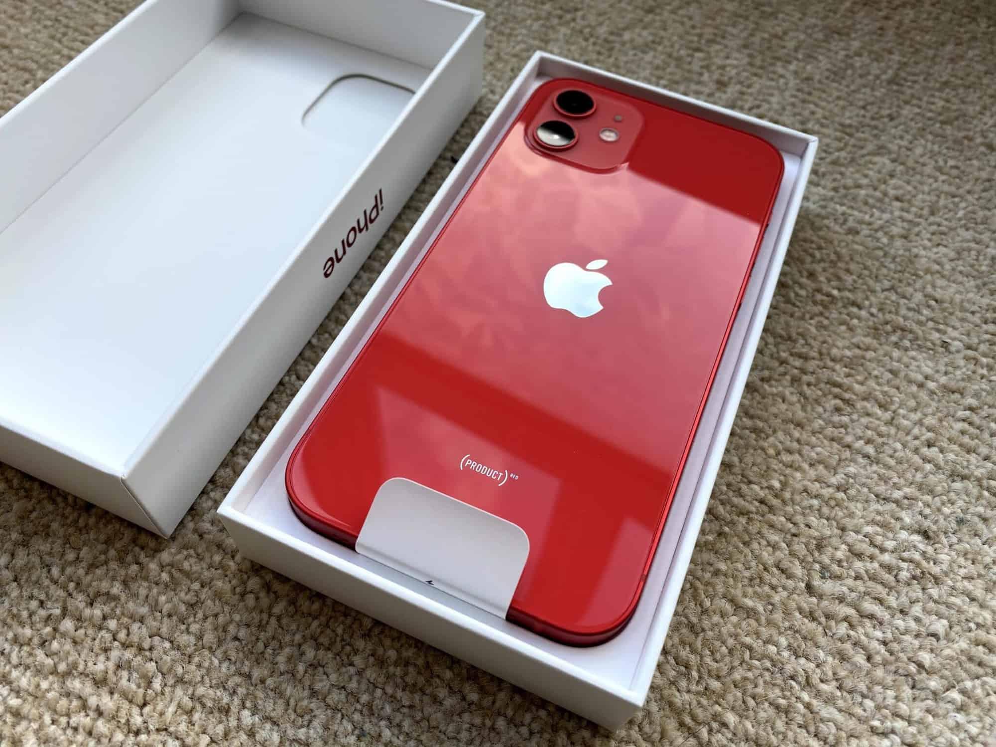 Hộp đựng iPhone 12 không có củ sạc
